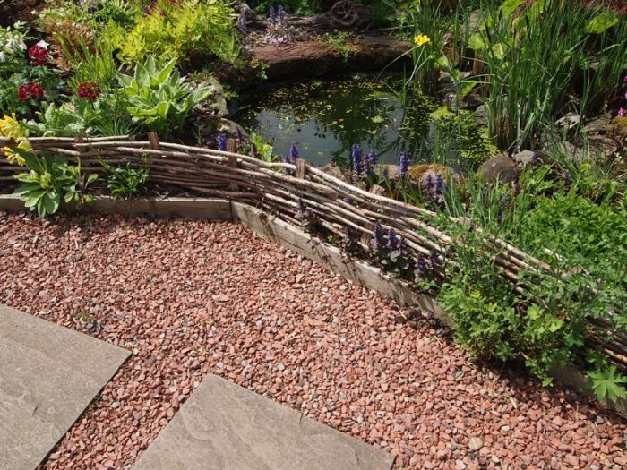 Red Granite Gravel 20mm Gravel Landscaping Gravel Walkway Outdoor Walkway