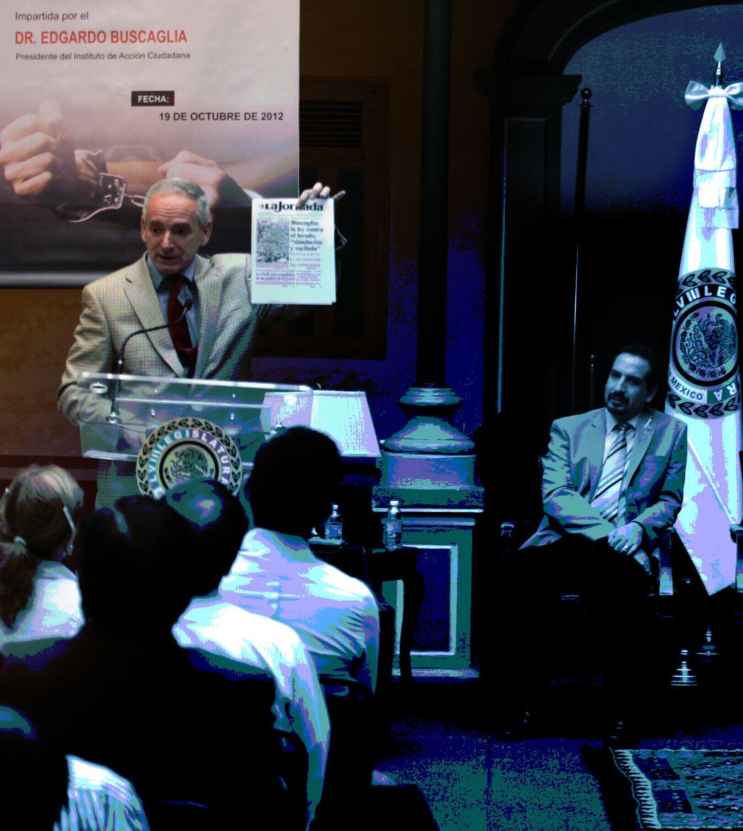 El Dr. Edgardo Buscaglia es Presidente del Instituto de Acción Ciudadana, investigador de la Universidad de Columbia, se ha desempeñado como asesor en la Organización de las Naciones Unidas (ONU) y cuenta con un postdoctorado en Jurisprudencia y Política Social.