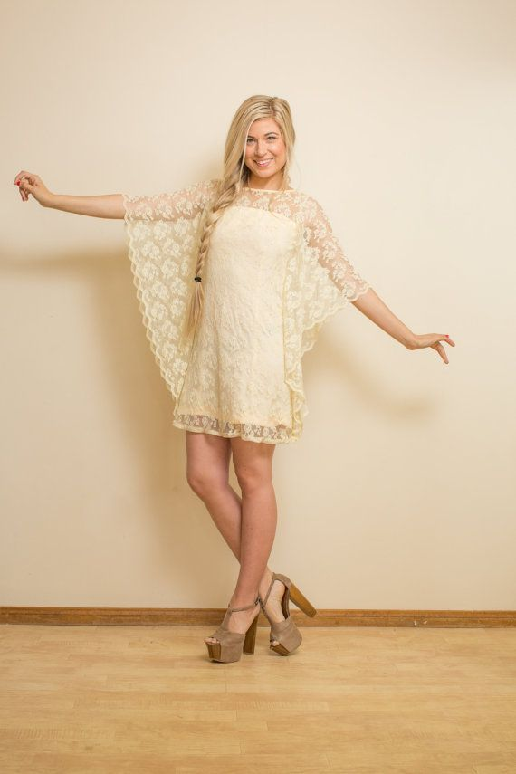 BOHO Wedding Dress Vintage 70s SHORT Lace Cream ALTERNATIVE Mini Bohemian Hippie Bridal 1970s