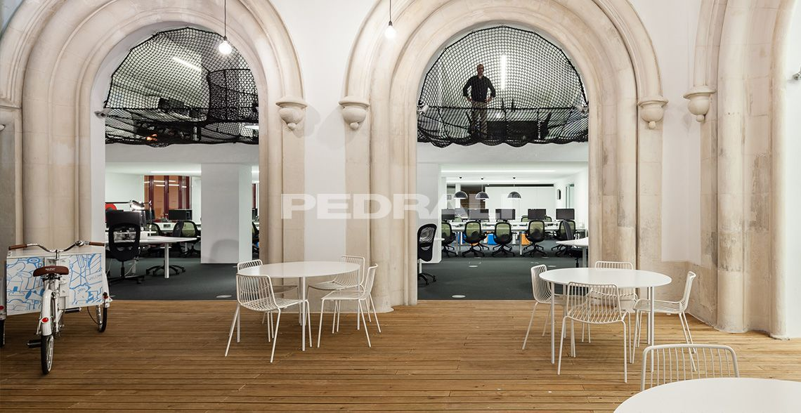 Modern office furnishing and contemporary office interiors » Pedrali