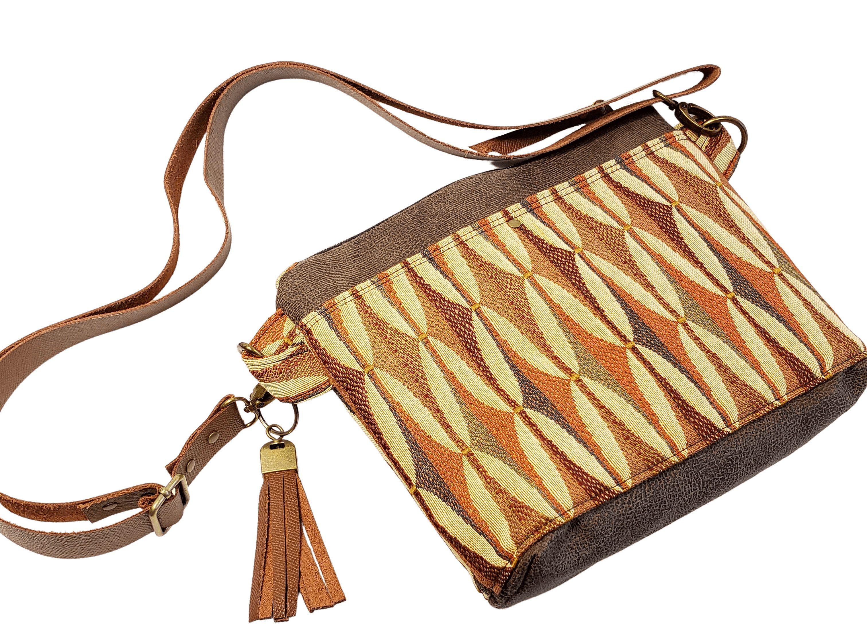 Photo of Hillside Tote medium bag