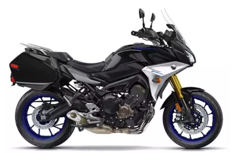 The Five Best Bikes For Road Trips Cool Bikes Touring Bike