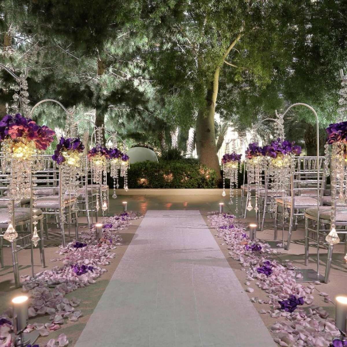 Glitzy glam wedding venue for a luxury wedding las