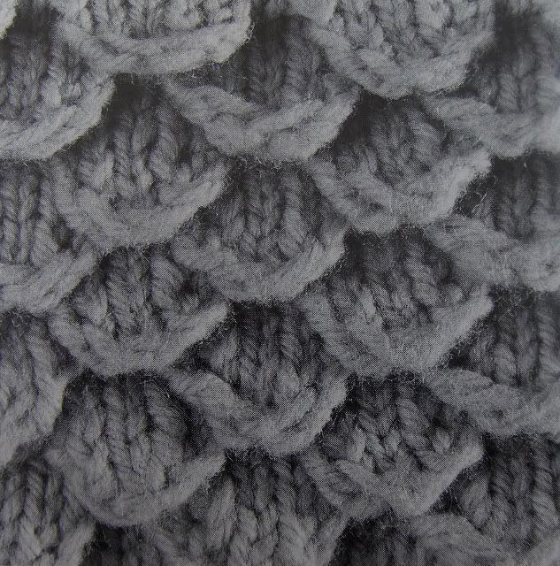 Fish Scale Stitch... …   Pinteres…
