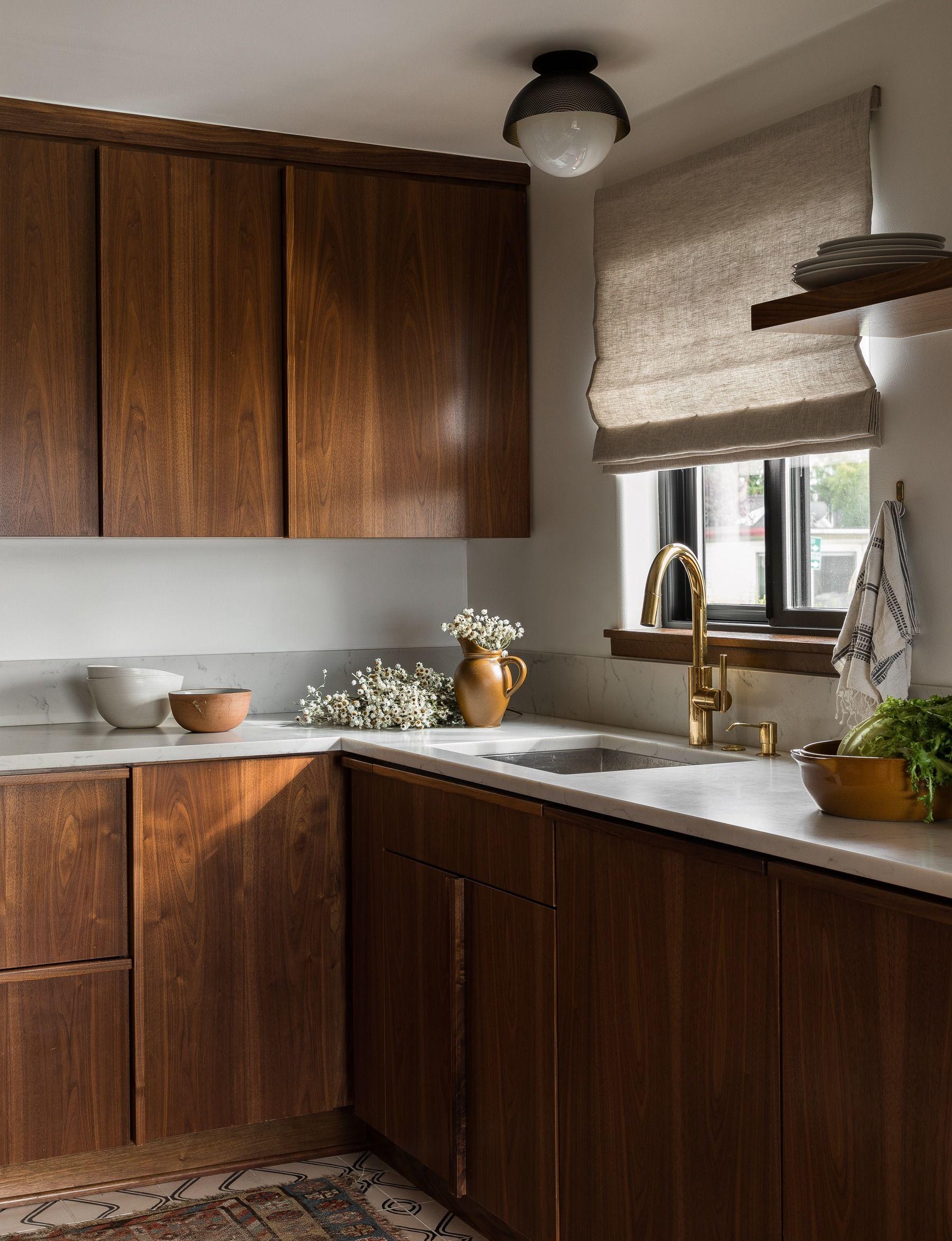 Seattle Interior Designer Heidi Caillier Design Kitchen Backsplash Designs Home Decor Kitchen Kitchen Cabinet Design