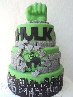 tortas del increible hulk en fondant cake ideas Pinterest