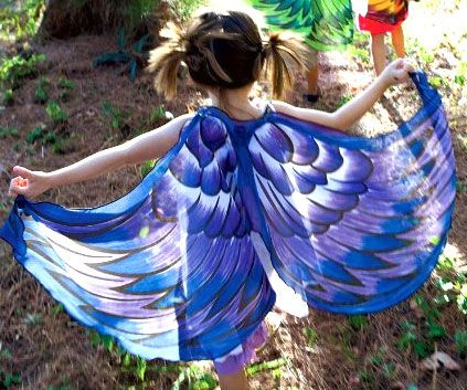 Unleash your little tike's imagination by using the bird wings to transform them into a magical creature. Apart from their vibrant colors and whimsical...