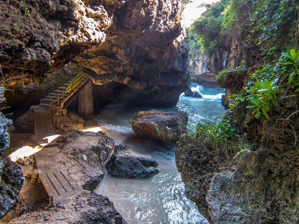 Suluban Cave | Uluwatu beach bali, Bali honeymoon, Bali