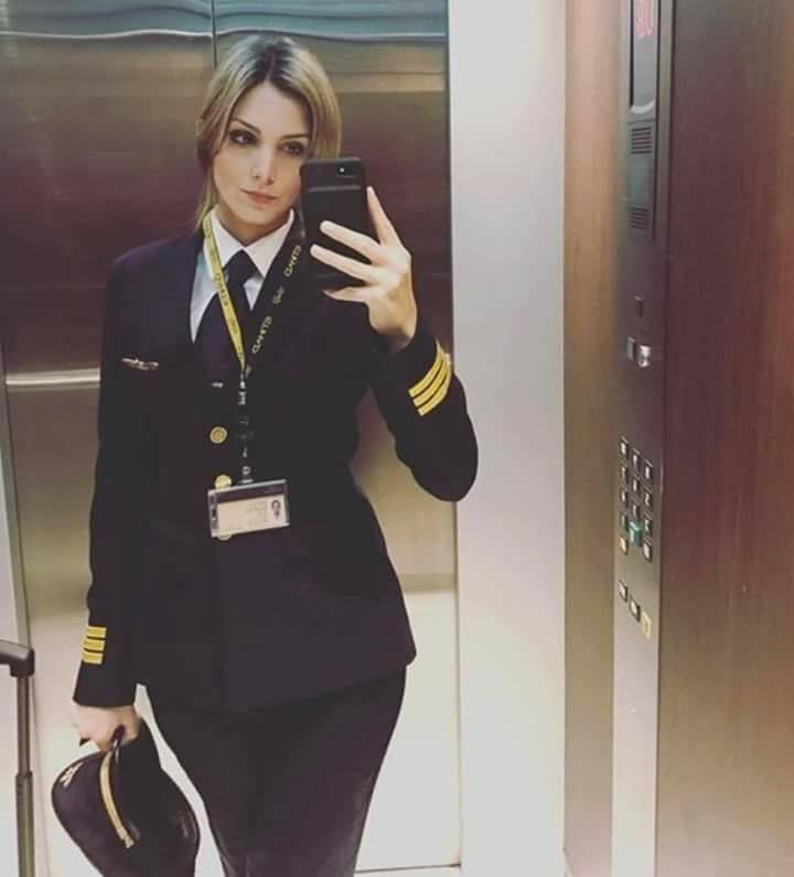 De ce stewardesele au varice?