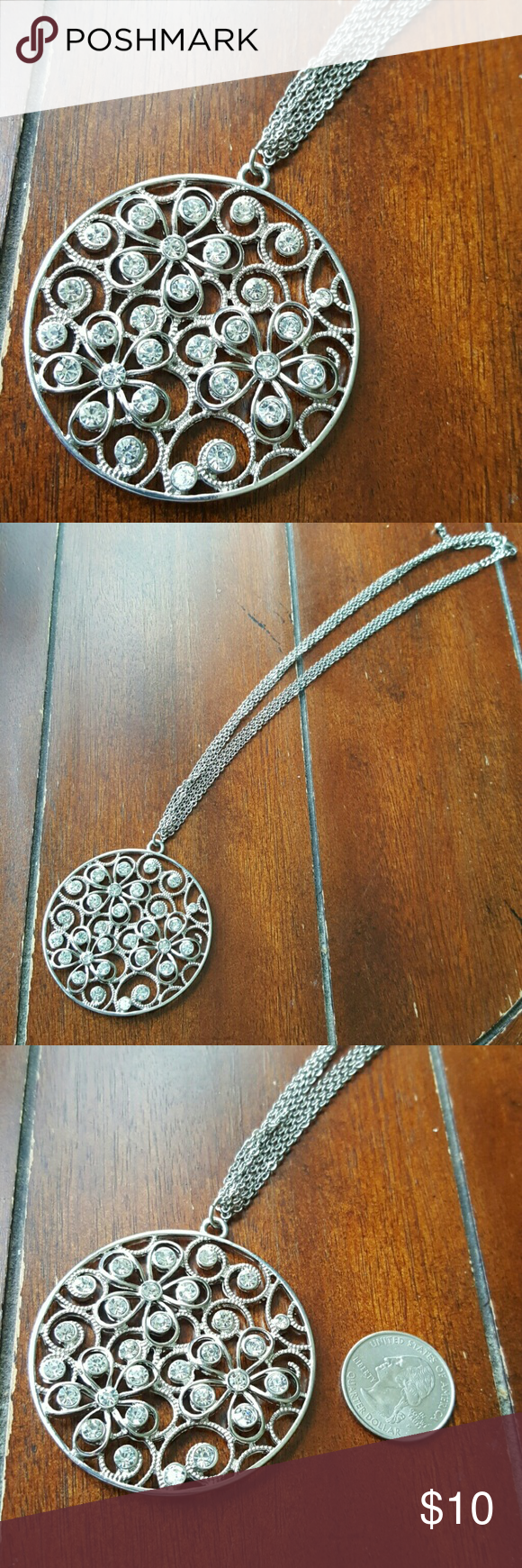 """Pendant necklace Silver costume jewelry necklace that has a flowery pendant with bling.  Chain is 18"""" long. Jewelry Necklaces"""