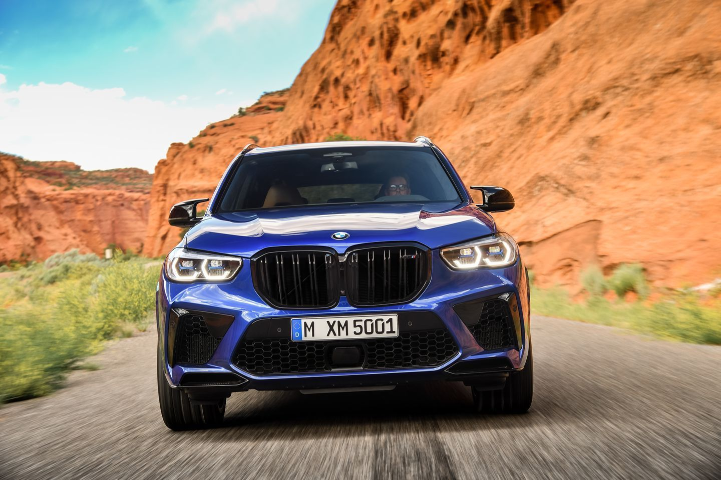 View Photos of the 2020 BMW X5 M and X6 M Provides the