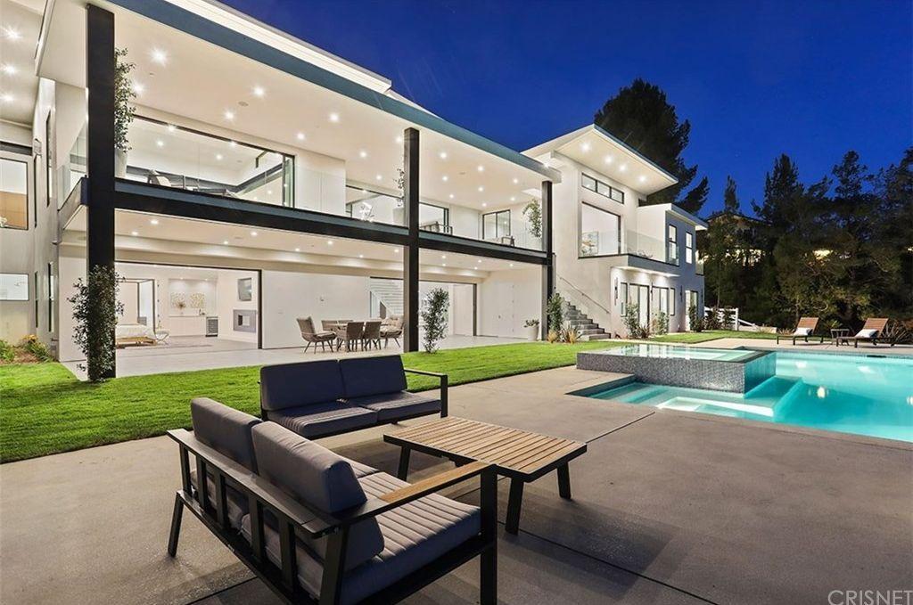 47 Dapplegray Rd, Bell Canyon, CA 91307 | MLS #SR18176918 ... on zillow bedroom designs, zillow living room designs, zillow bathroom designs,