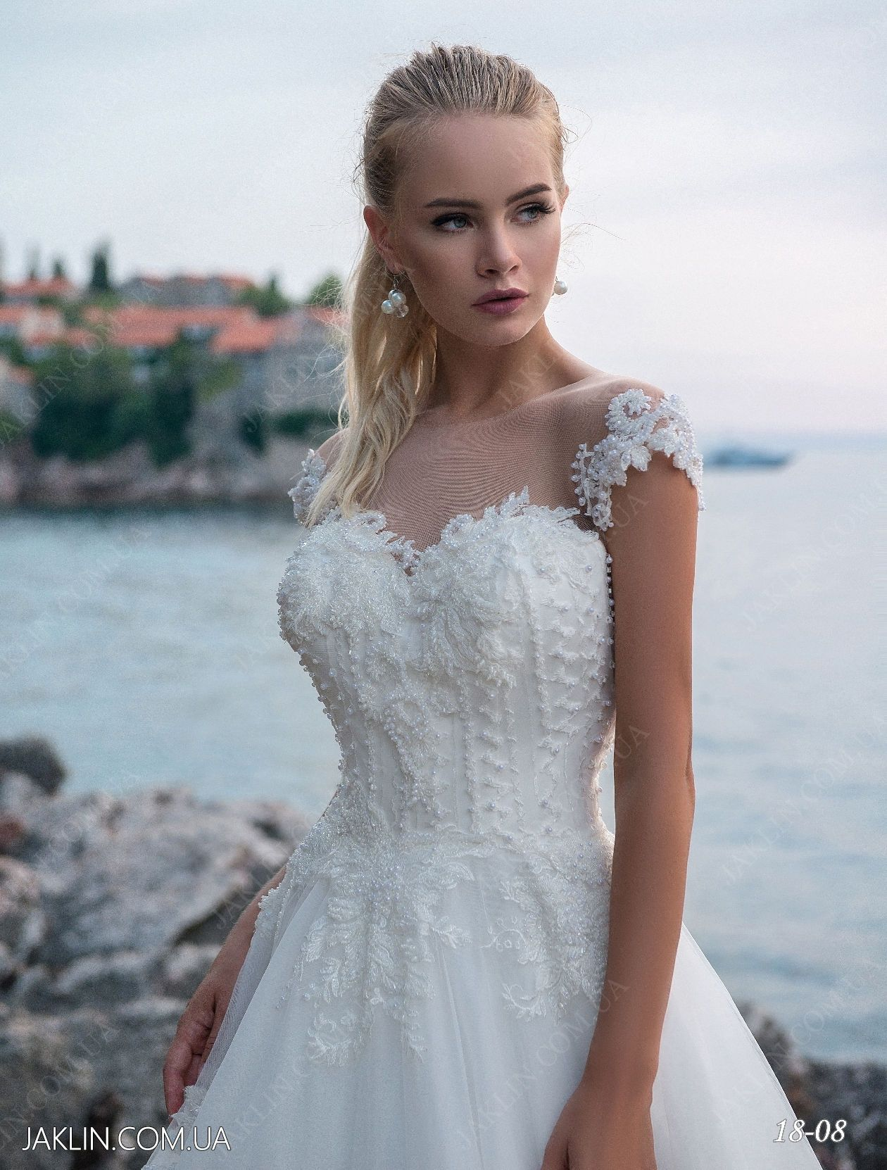 Inexpensive high-quality wedding dress of 2018 model number 18-08 ...