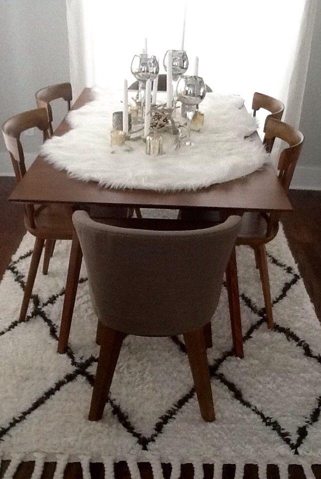 Fur table runner | Diningroom | Dining room table ...
