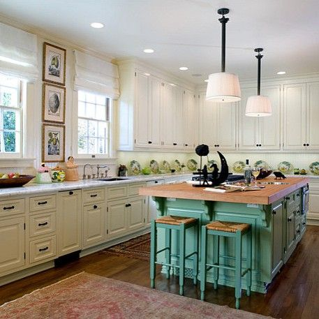 Hancock Park Residence | Renovated kitchen/living area transformed into a space to cook, dine, and relax. #ComfortableElegance #TimothyCorrigan