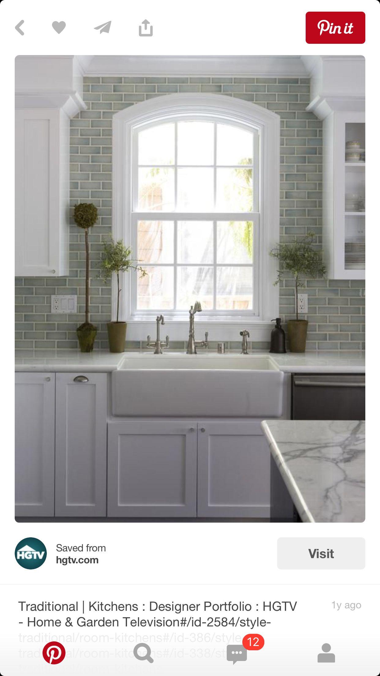 Farmhouse sink Kitchen backsplash designs, Kitchen sink