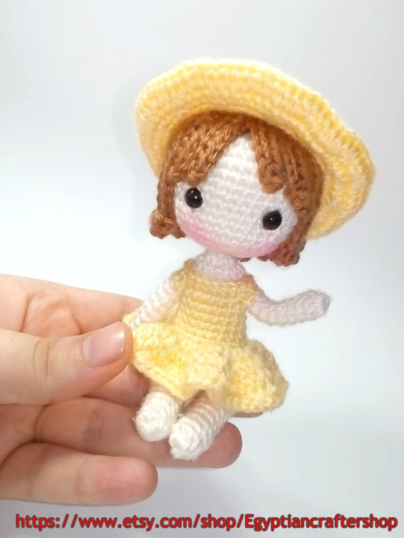 Little doll crochet / Miniature doll crochet /Part 1 / Legs and ... | 1058x794