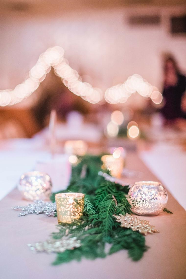 Weihnachtszentren schmücken den Tisch mit Stil | Wohnzimmer by ...