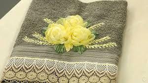 Resultado de imagem para toalhas de banho bordadas com fitas de cetim