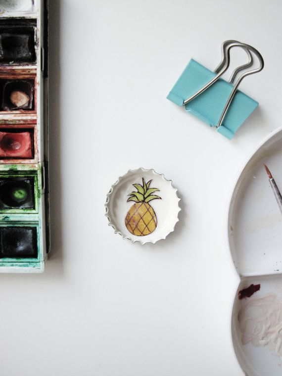 Ananas Illustration. Brooch or Magnet Summer. by ColadeconejoItaly