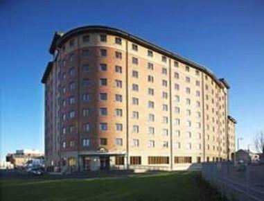 Days Hotel Belfast, Belfast #travelinspiration