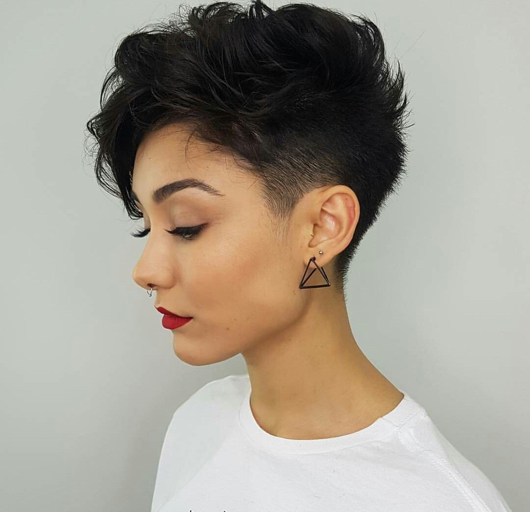 Pin By Rendy I On Hair Thick Hair Styles Brunette Pixie Short Hair Styles