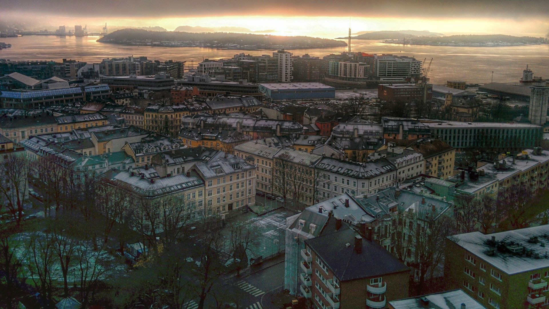Oslo, Norway - taken this morning on my phone. [1920x1080] [OC]