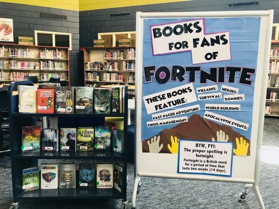 Fortnite book display for school libraries and classrooms #Fortnite