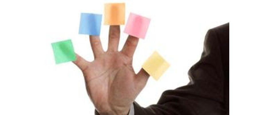 Podemos tomar decisões de como agir em nossas escolhas para sermos mais alegres e felizes. Especialista revela cinco atitudes essenciais.Confira | BH Mulher