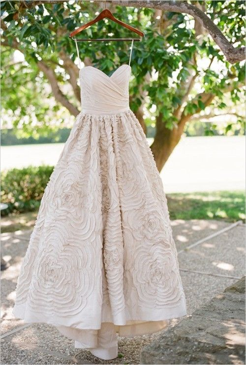 Pink wedding dress - love how this is not too frilly, but has some detail. Simple, but with a little fun:)