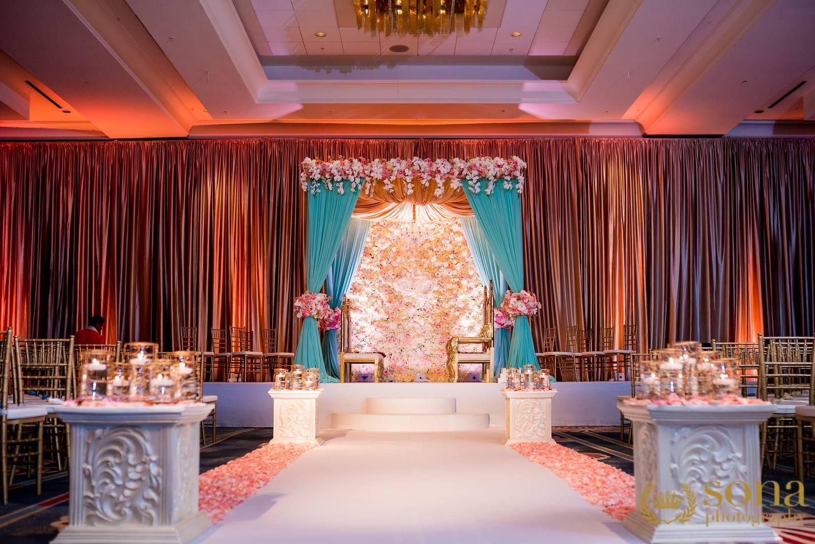 Custom Wedding Mandap Design / Hindu Wedding Decor ...