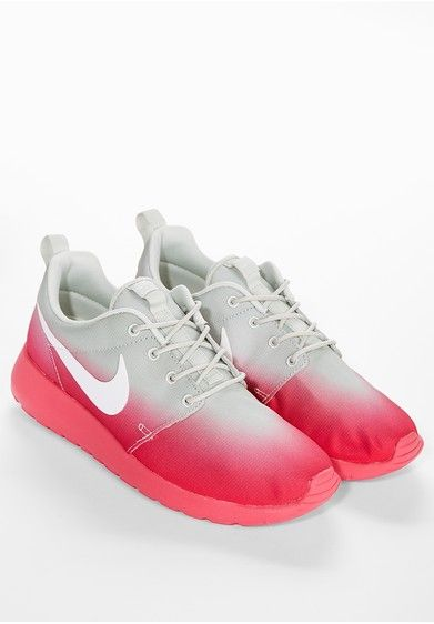 nike roshe run pink grey nike turnschuhe nike nike mode. Black Bedroom Furniture Sets. Home Design Ideas
