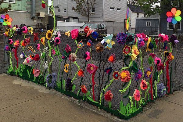 Yarn Fence Art