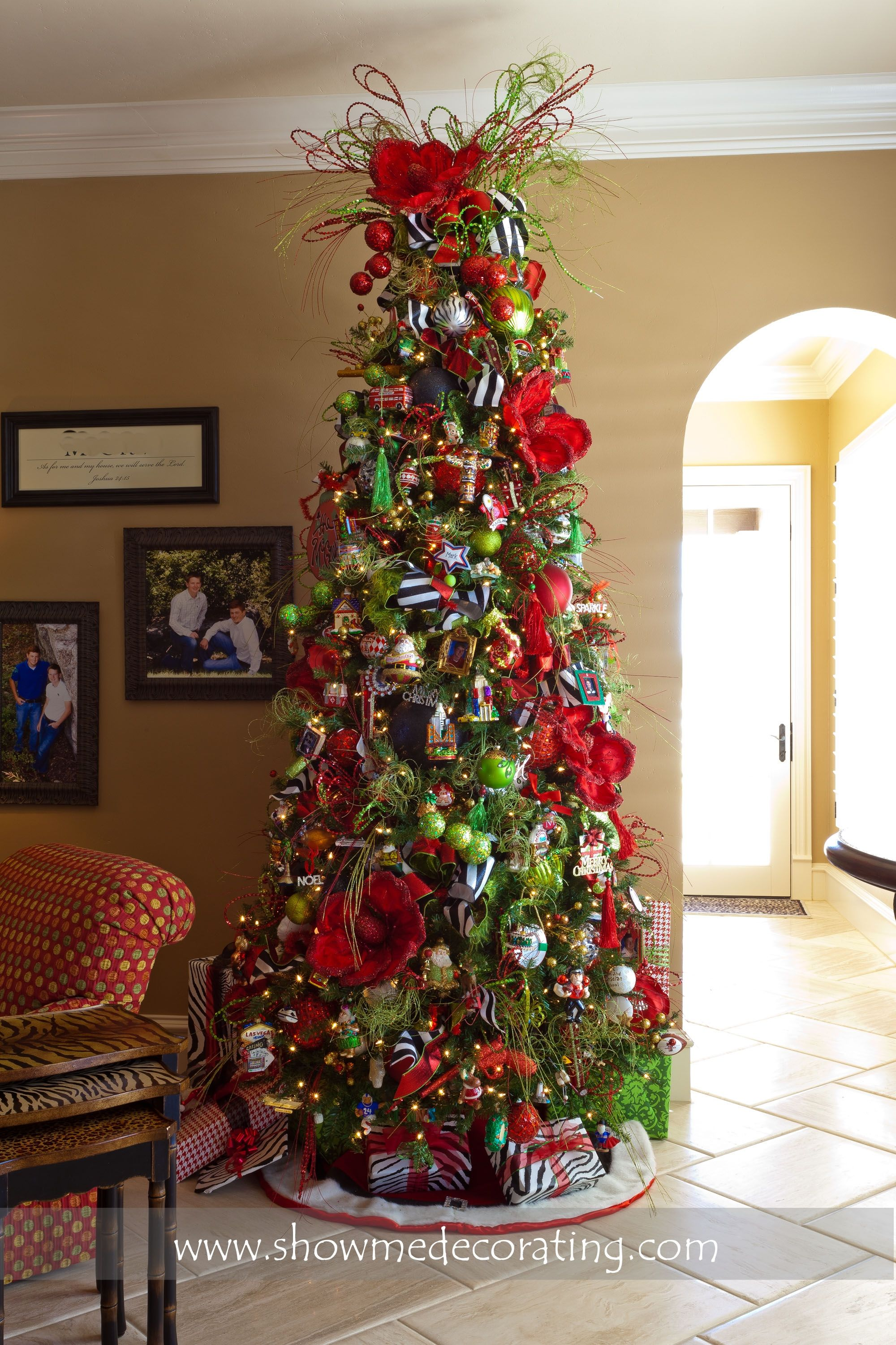 Red Magnolia Tree Red Christmas Tree Holiday Christmas Tree Christmas Tree Decorations