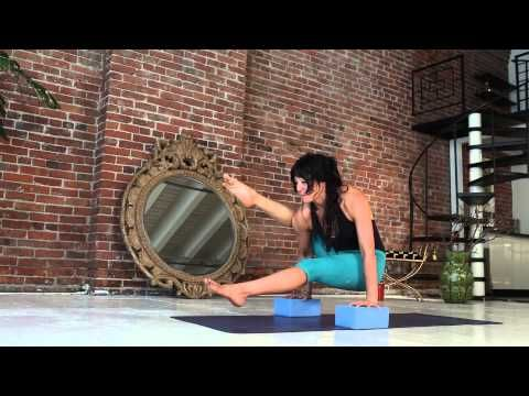 side plank vashistasana yoga class with meghan currie yoga