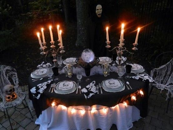 28 Wonderful Outdoor Halloween Party Ideas  Outdoor Halloween Party