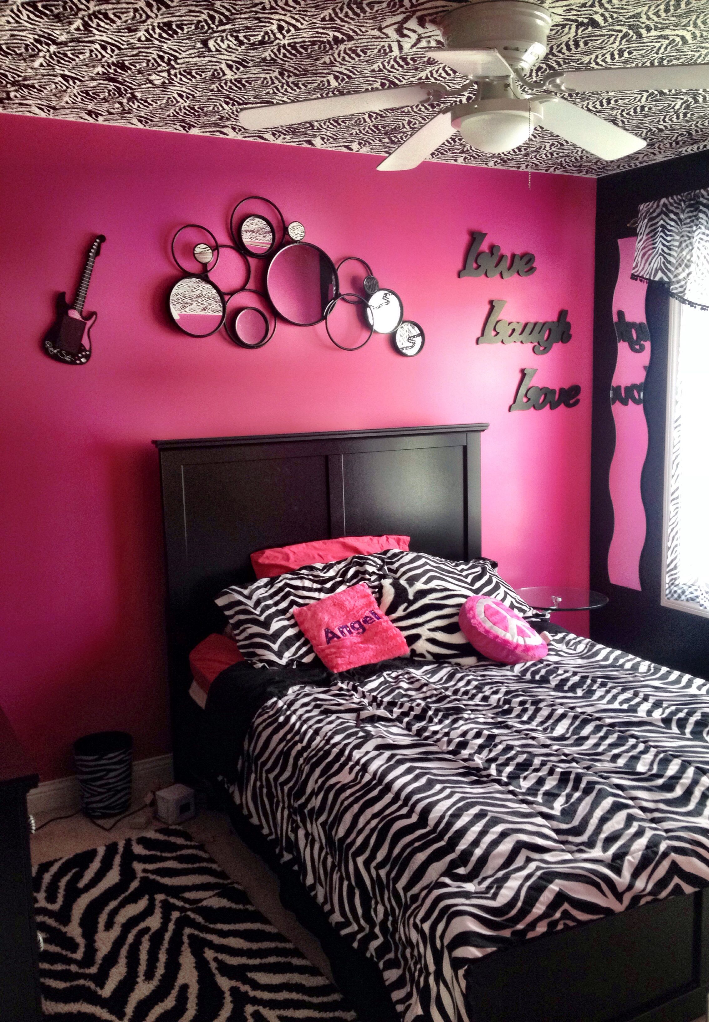 Bedroom With Hand Painted Zebra Stripes