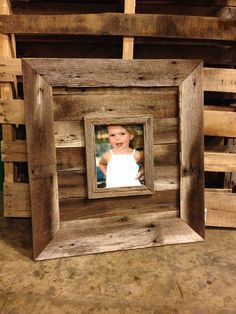 The Natural Frame Is Approx 26 X 28 Outside Diameter It Holds An 8 X 10 Picture And Is Made Entir Barn Wood Picture Frames Barn Wood Frames Barn Wood Projects