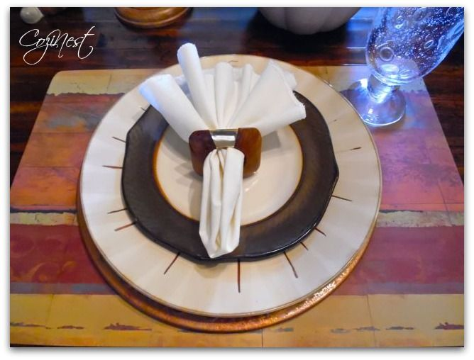 Thanksgiving Tablesettings at http://www.cozinest.net/setting-a-thanksgiving-table