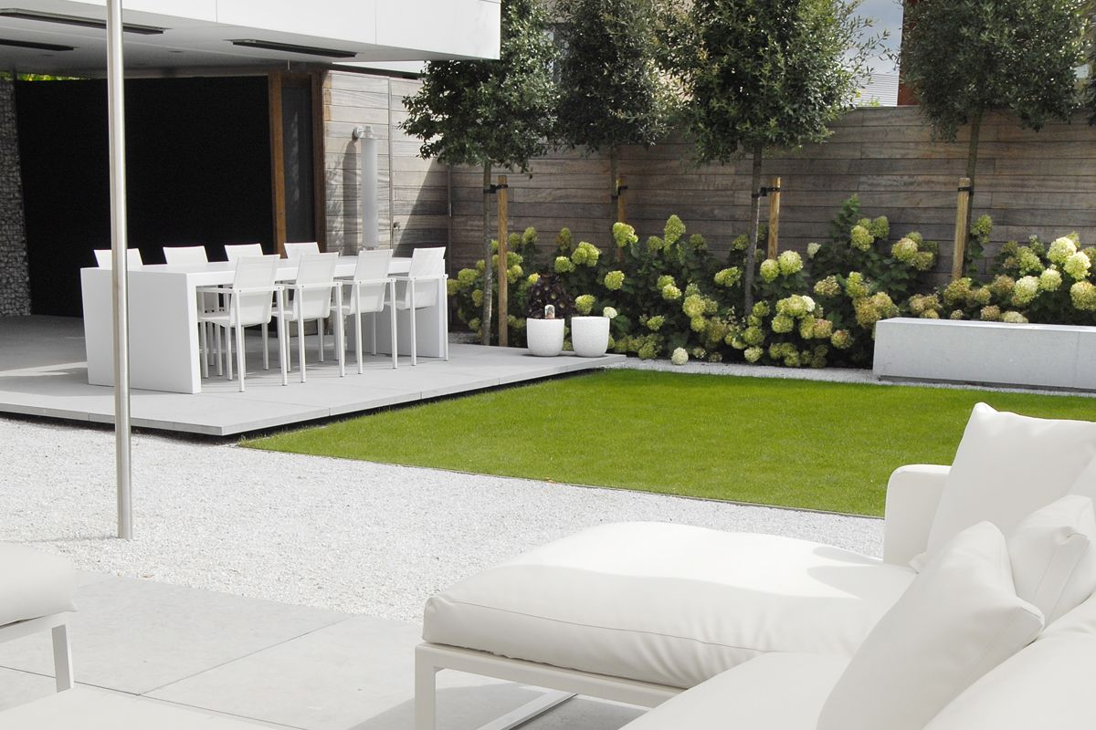 Grote Strakke Tuinen Filip Van Damme Simple And Elegant Whites