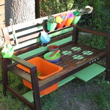 Ahnliches Foto Diy Gartenmobel Aussenmobel Und Kinder Garten