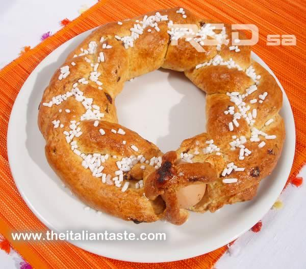Scarcella: typical Ester ring cake from Apulia. It's a leavened cake decorated with granulated sugar or hundreds and thousands.