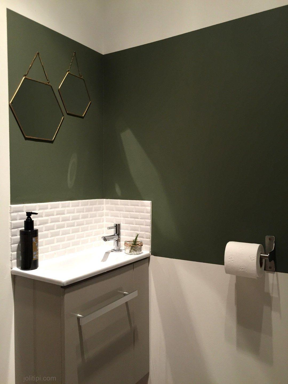 Aménagement WC buanderie, petit lave-main carreaux métro blancs ...