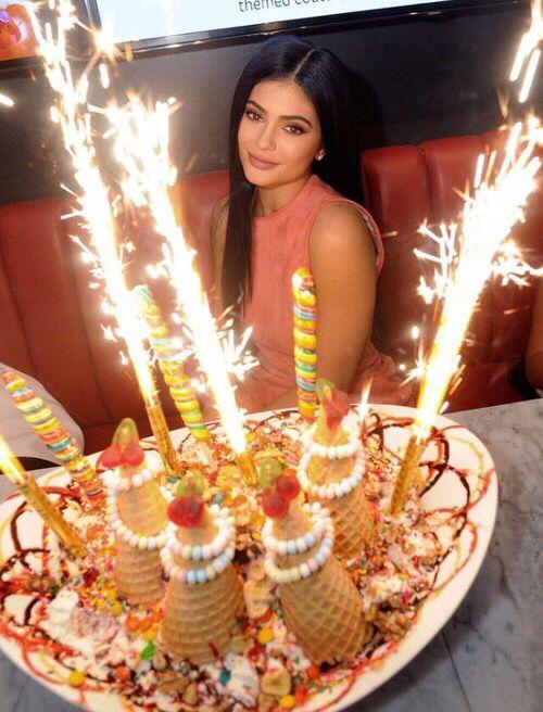 Pinterest Missyouss Birthday Photoshoot Kylie Kylie Jenner