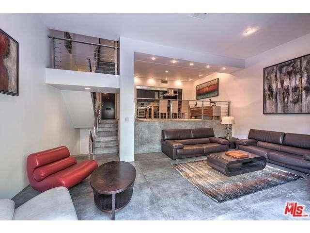 9307 Burton Way #B, Beverly Hills, CA 90210 - Berkshire Hathaway HomeServices California Properties