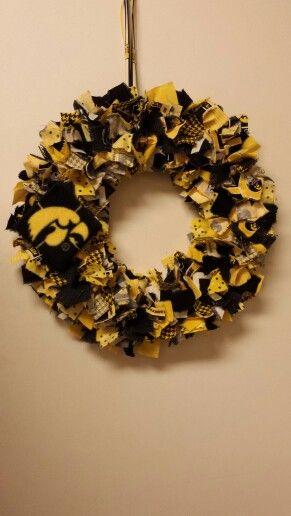 Hawkeye wreath #2