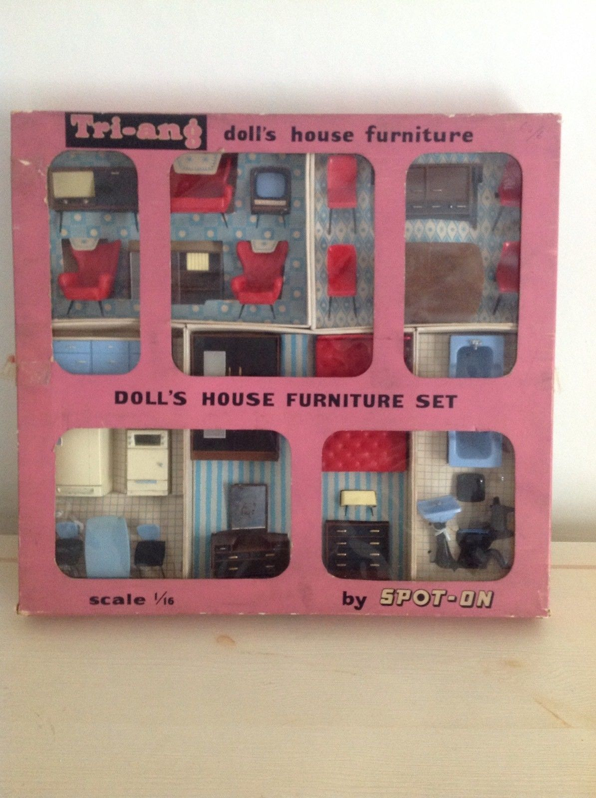 1960 Hamleys Luxury Triang Dolls House Furniture Triang Spot On