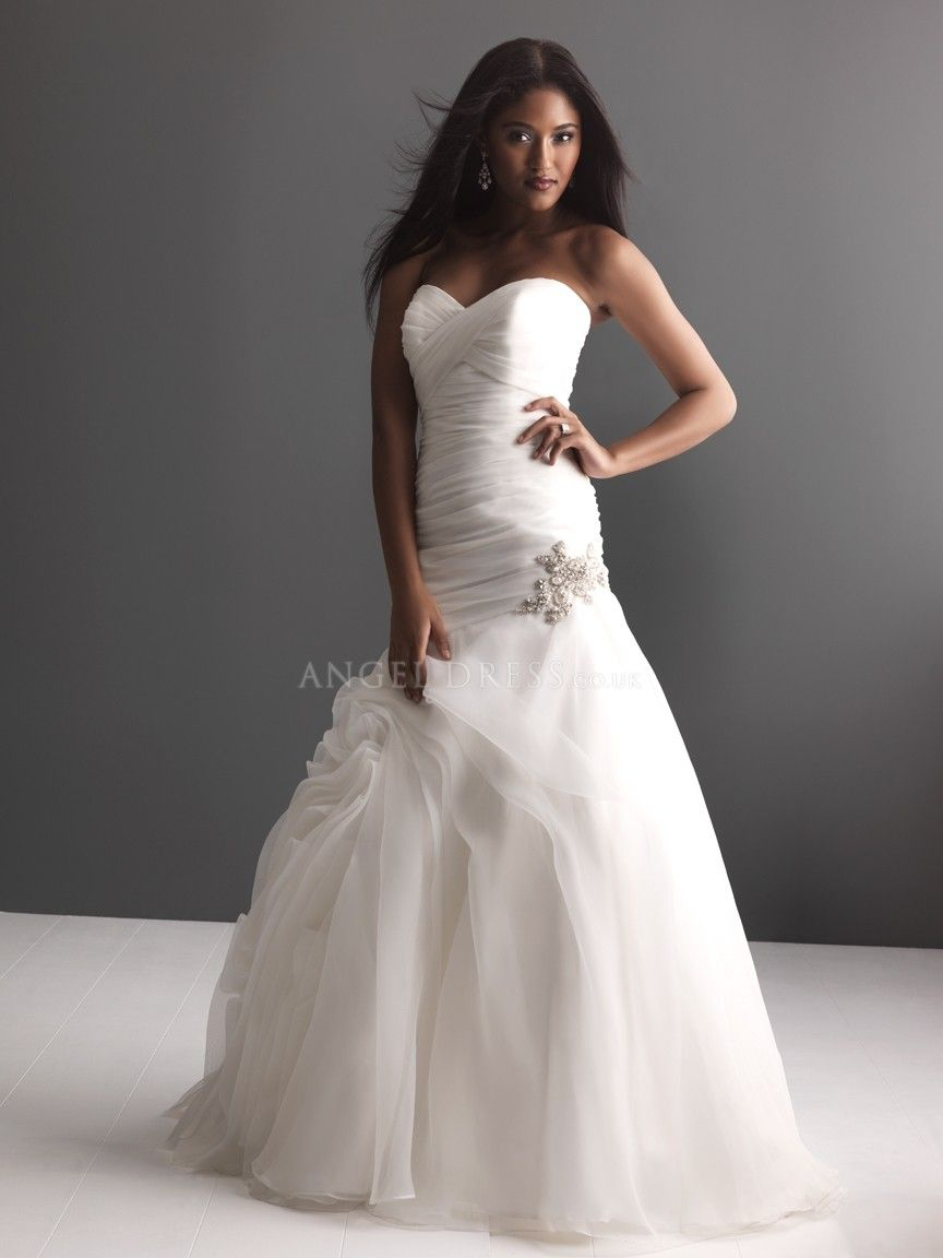 Organza sweetheart fit n flare floor length wedding dress with pick