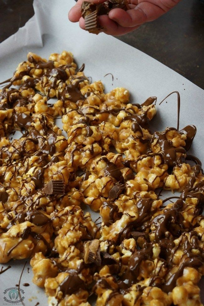 Reese's Chocolate Peanut Butter Popcorn ⋆ Horseshoes & Hand Grenades