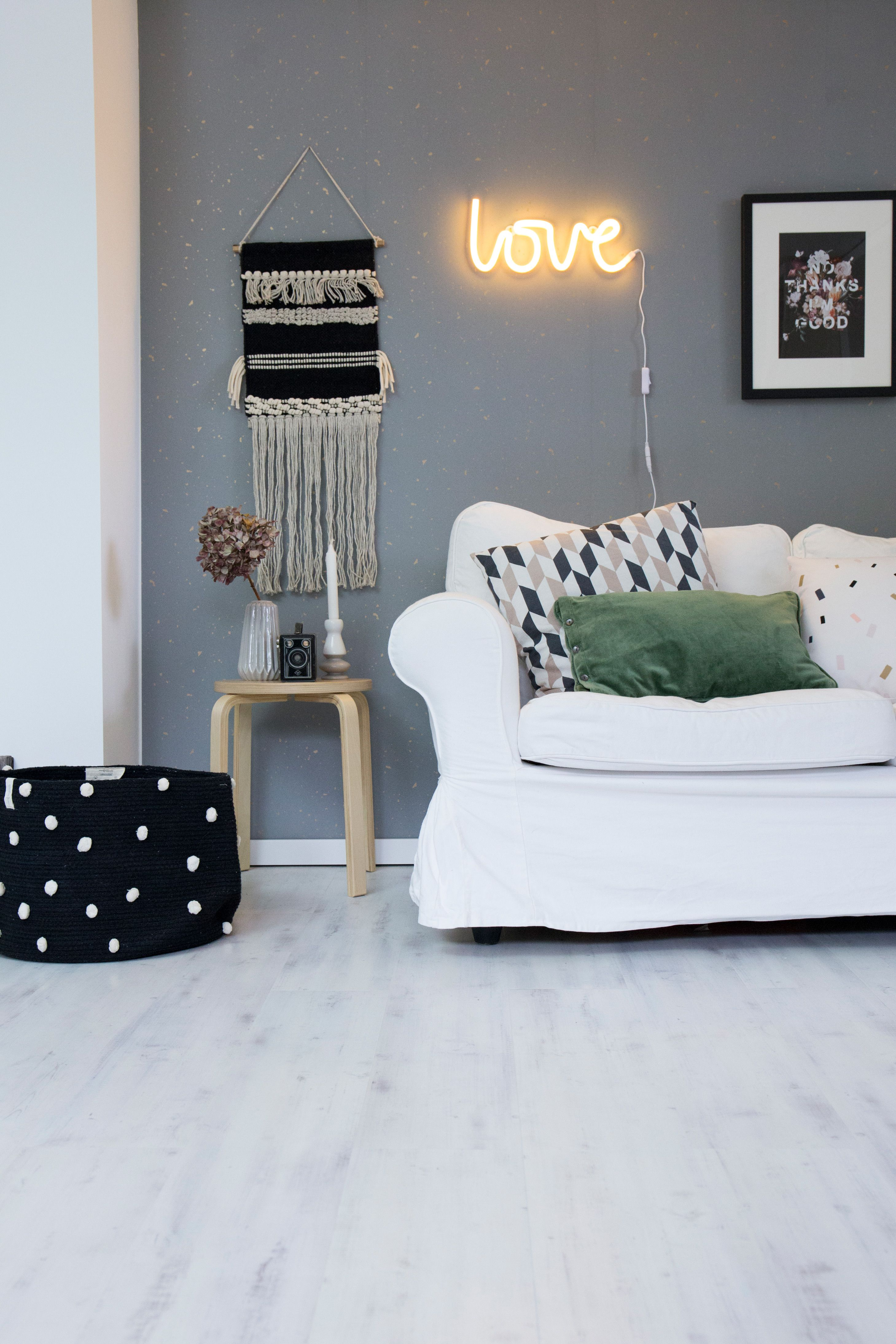Ein Gemütlicher Heller Raum Zum Wohlfühlen Cozy Interior Mit Dem